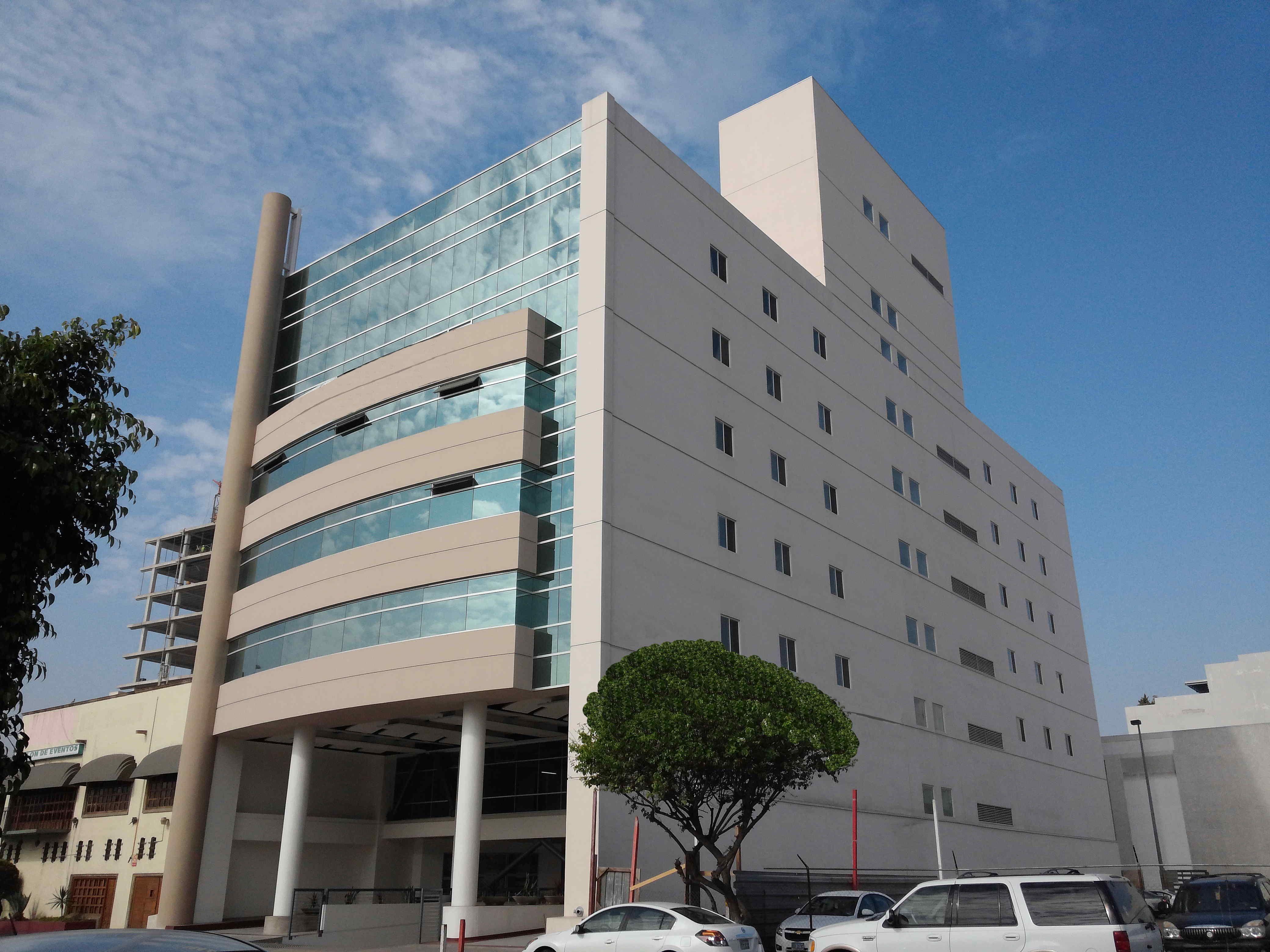 Centro Médico Premier - Dr. Rigoberto Rdz